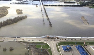 Manitoba government warns of more flooding